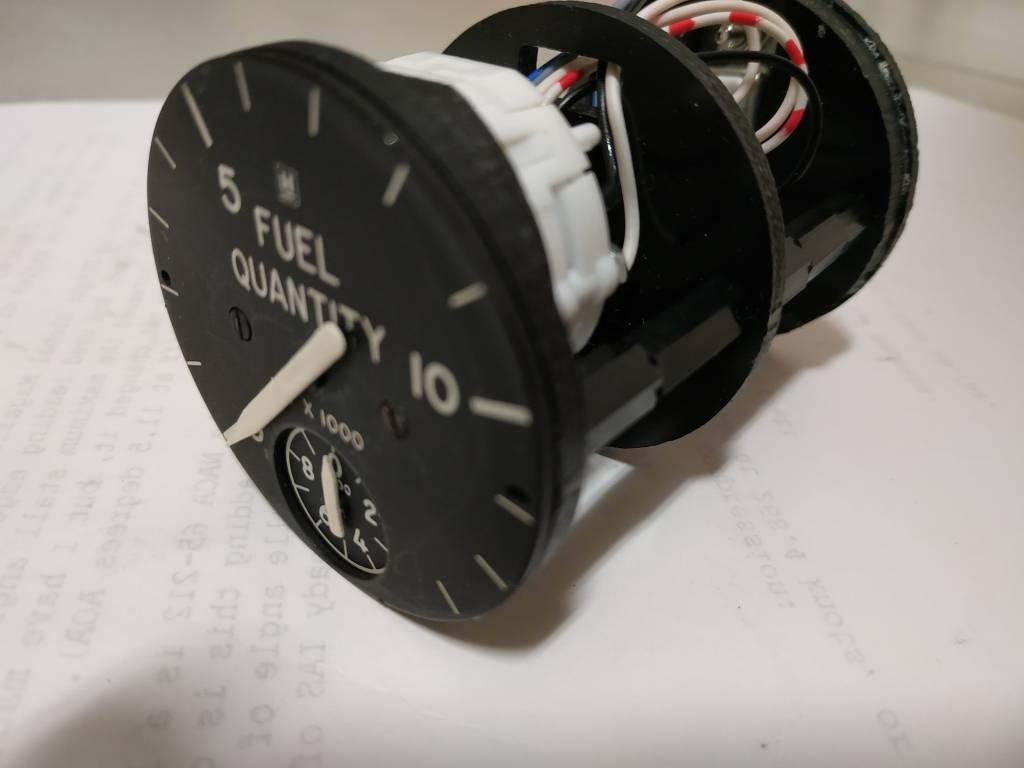 707 fuel gauge